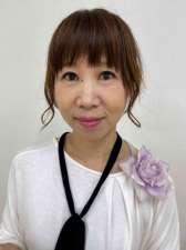 この講座の講師で東山ヨガ道場講師の糟谷咲子さん