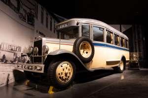 重要文化財になるリニア・鉄道館の国鉄バス第1号車
