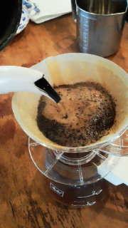 尿酸 値 を 下げる に は コーヒー