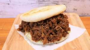 通販限定「コメ牛のお肉」で超特大「コメ牛ライスバーガー」が出来る!